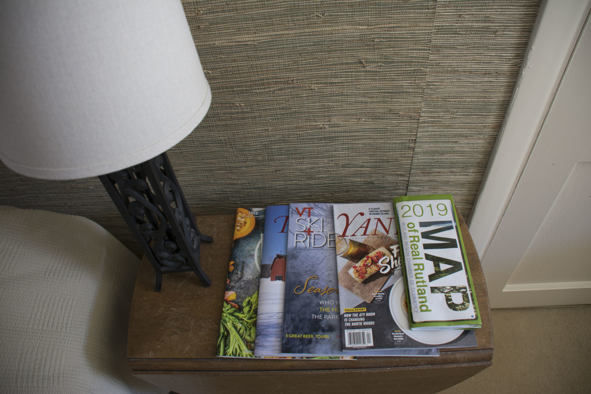 magazines and area maps